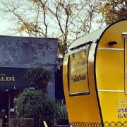 Além do truck, o Sr.Garibaldi possui unidades na Itupava, no Água Verde e no Shopping Estação